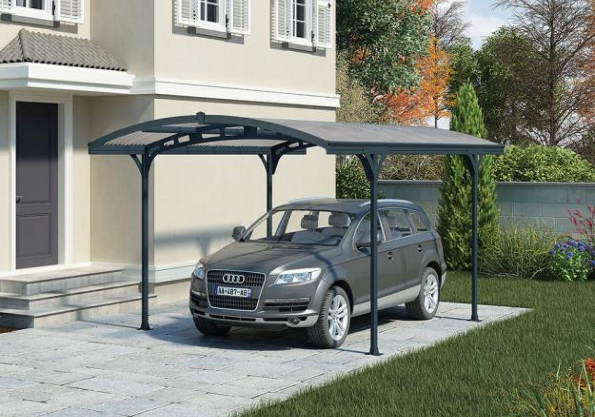 Carport Lucca con struttura in alluminio e copertura traslucida